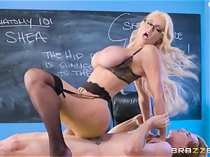 youthful dude Tyler Nixon nails his mature lecturer Nicolette Shea