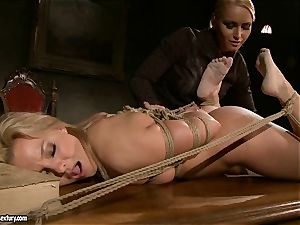 Kathia Nobili like to pinned down her slave with fake penis