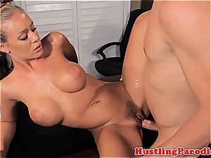 Nicole Aniston seducing scotts penis