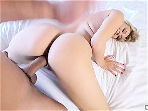 fuck-stick craving Natalia Starr slurps up lollipop