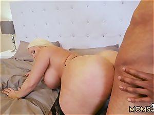 mother busts ally fucking partner s daughter mummy plumbs The Gardener