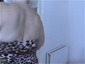 AgedLovE Mature light-haired Lacey Starr hard-core fuck