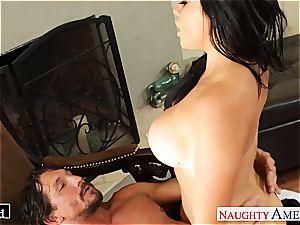 Ultra gorgeous dark-haired Audrey Bitoni romping