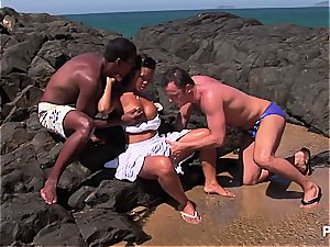 chinese superslut DP'd on some latin beach