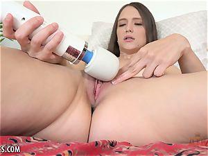 see super-sexy honey Izzy plump in solo vibing fun