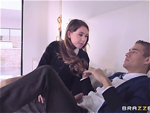 Briana Banks catches Taylor Sands with her boyfriend