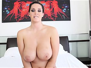 Interview with chesty hotty Alison Tyler