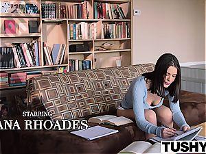 Lana Rhoades luvs being an call girl