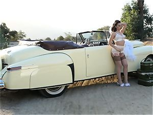 Lana Rhoades vintage car honeypot have fun