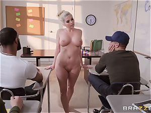 Christie Stevens arched over and penetrated doggie
