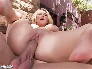 obscene huge-chested blond Kagney Linn Karter gets screwed outdoor