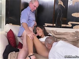 ultra-kinky senior milf and stud gets blow-job very first time Going South Of The Border