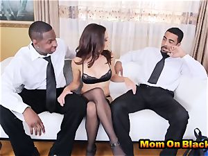 splendid cougar Eva lengthy fellates 2 dark-hued meatpipes And tears up In bi-racial 3some
