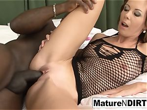 brown-haired milf milks before taking a bbc
