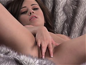 ginormous breasted Taylor Vixen rams her thumbs in her humid honeypot