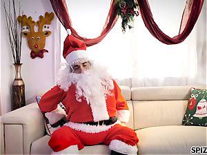 Spizoo - witness Jessica Jaymes porking Santa Claus