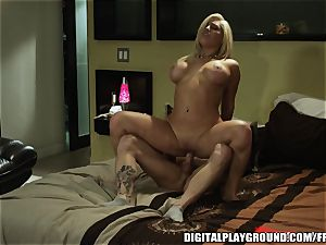tattooed light-haired whore Natalia Starr deepthroats and rides